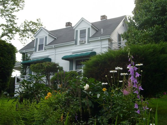 Greenleaf Inn at Boothbay Harbor: The Greenleaf Inn