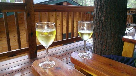Ruidoso Lodge Cabins: Wine