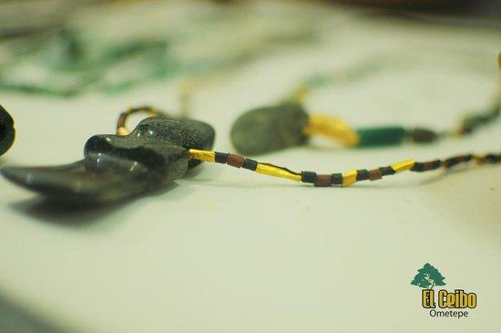 Museum El Ceibo: Collar precolombino