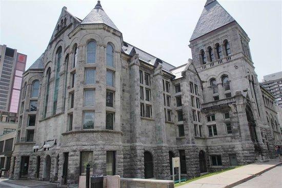 McGill University: Historic building at McGill