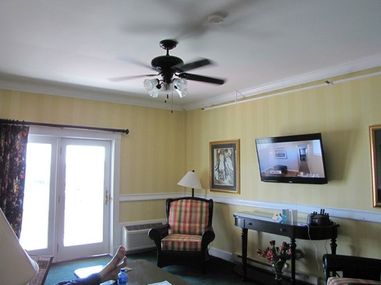 Chippewa Hotel Waterfront: Suite