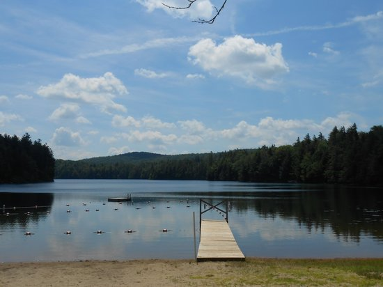 Lapland Lake Nordic Vacation Center: lake with swimming area