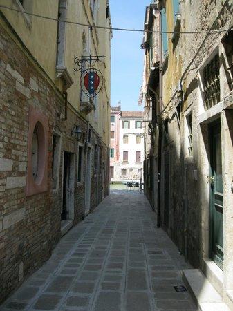 Palazzo Cendon: Calle Cendon