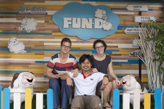 FUN-D Hostel: With the owner and the sheep!