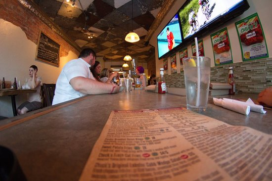 Chuck's Burger Bar: Good will for a game