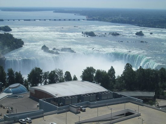 Hilton Niagara Falls/Fallsview Hotel & Suites: The view from the 29th floor - south tower!