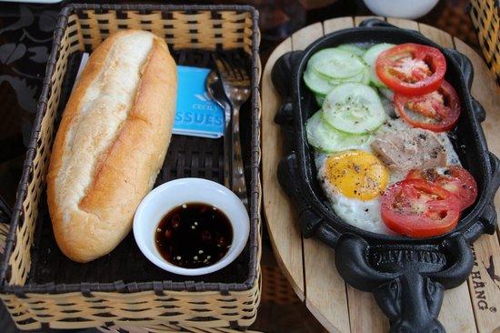 Cafe Phoi Pha