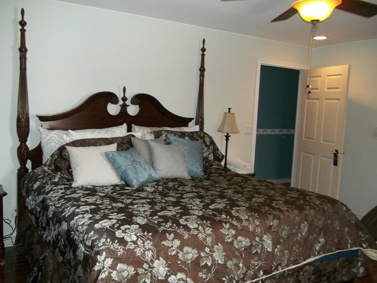 Middelshire Bed and Breakfast