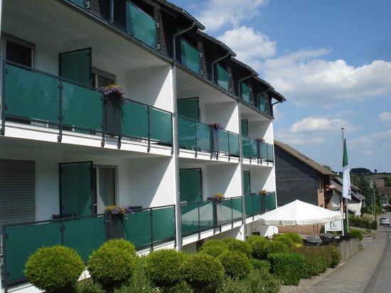 Hotel Hesborner Kuckuck: het hotel aan de straatzijde