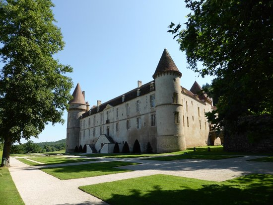 Moulin des Ruats : chateau de Bazoches ( demeure de Vauban à 20 km)