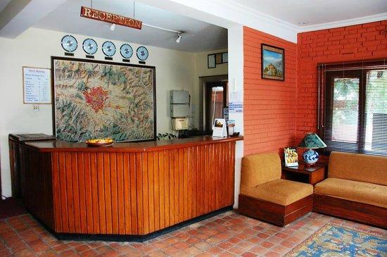 Hotel Mandap: Front Desk