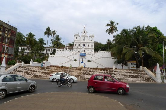 Panaji Residency: the famous church,just 200 mts away