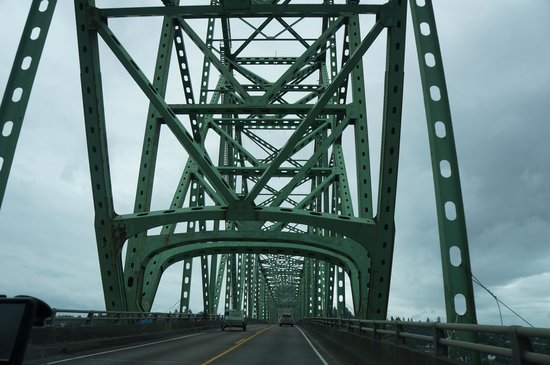 Astoria-Megler Bridge: Astoria Bridge