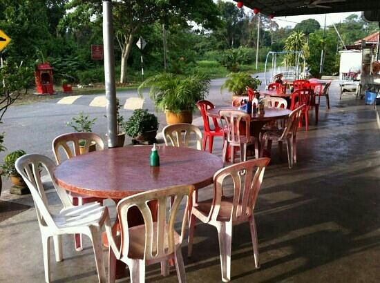 Restoran Top Seafood: Alfresco dinning area