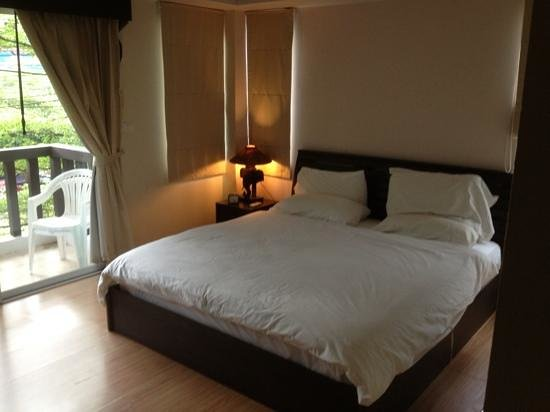 Pacific light hotel, Patong