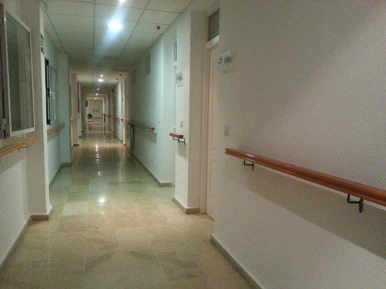 KROSS Puerto Aguadulce: Pasillos hospital
