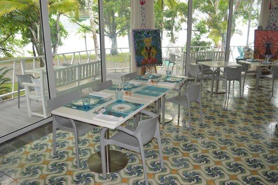 El Otro Lado: dining area