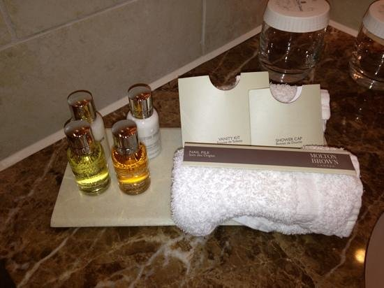 The Grand Hotel & Spa: molten brown toiletries
