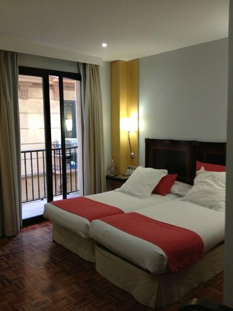 Don Curro Hotel: room