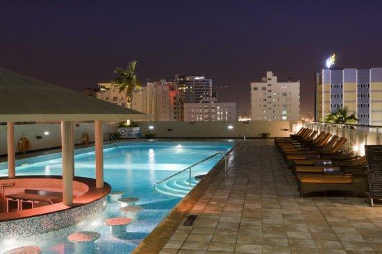 Elite Crystal Hotel Pool Side
