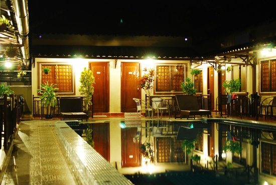 Makara Guesthouse: Front