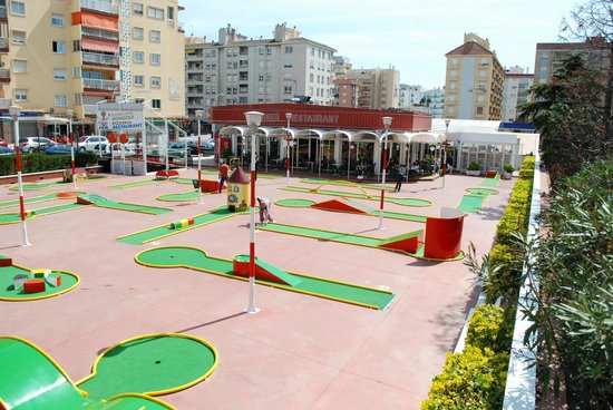 Bowling Golf: Mini golf