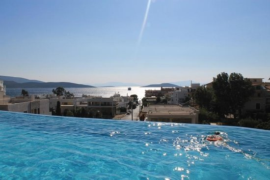 Evia Hotel & Suites: view from the pool