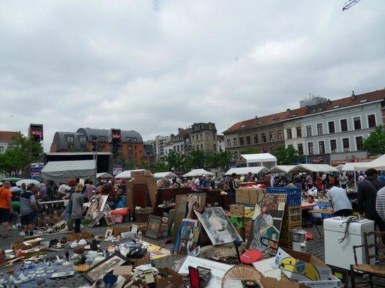 Marché Aux Puces de Bruxelles : Flea market