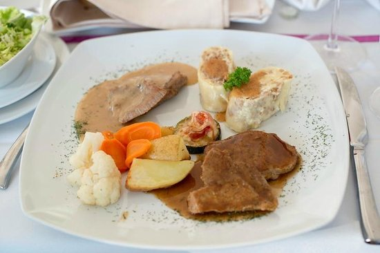 Lambergh, Chateau & Hotel: dinner