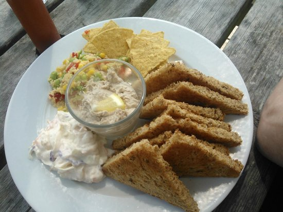 Quayside Lawrenny Tearoom: Home made smoked mackerel pate