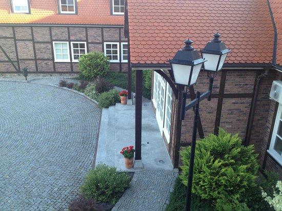 Hotel Habenda: widok na wejście