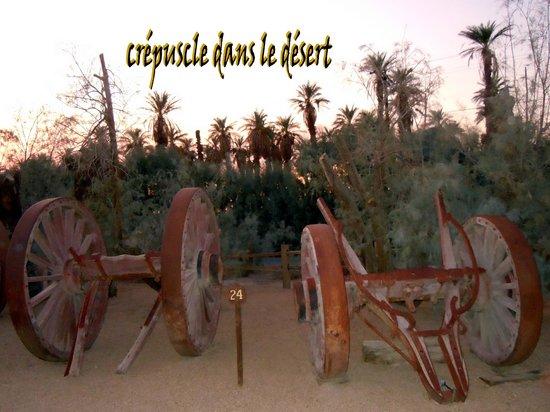 Furnace Creek Inn and Ranch Resort: A la tombée du jour