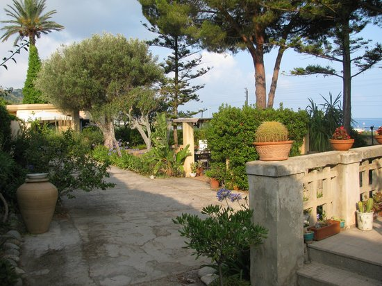 Villino Eleonora First Quality Bed and Breakfast: Garden