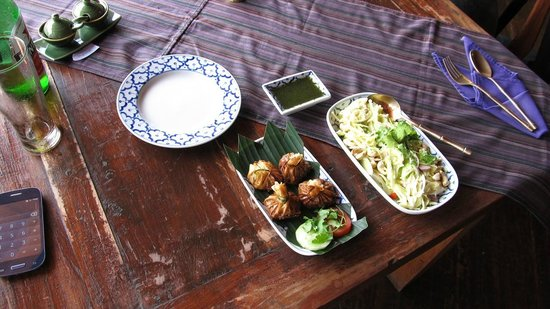 Jasmine Kitchen : Golden Baskets with a Coriander dipping sauce and a Green Mango Salad