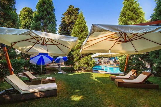 Hotel Oreanda: Inner yard