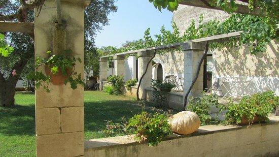 Agriturismo Casa Porcara: il porticato