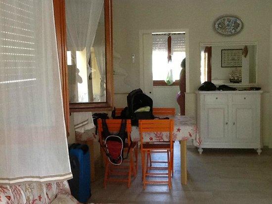 Residence il Mandorlo: interno dell' appartamento