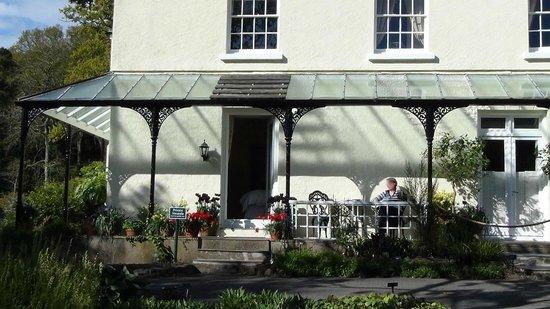 Rosemoor House Apartments: The Sundowner Bar