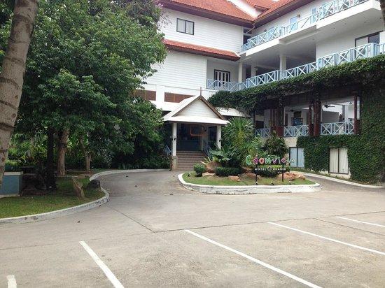 Chom View Hotel: Resepsjonen