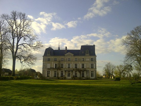 Chateau de la Puisaye: Le chateau
