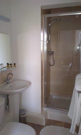 Clifton House: Bathroom