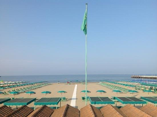 Bagno la perla forte dei marmi 2019 all you need to know before you go with photos forte - Bagno graziella forte dei marmi ...
