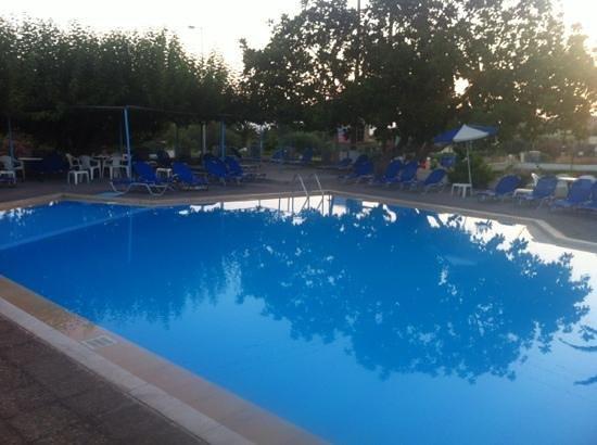Hotel Gortyna: pool