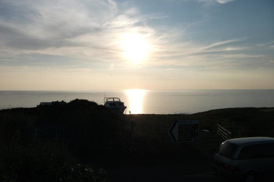 Widemouth Manor Hotel: Widemouth Manor, Sunset From The Terrace