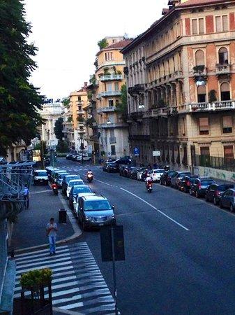 Lancaster Hotel : Street View