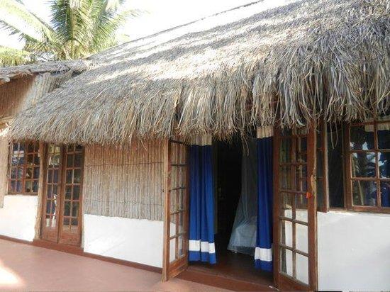 Barra Lodge: Doors to the terrace