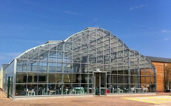 Dunbar Garden Centre Restaurant: Glasshouse building with restaurant inside