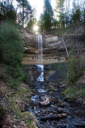 Munising Falls : From the lower walkway on the left