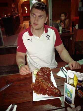 Shamrock Chang bar and grill: The Full Rack of Ribs