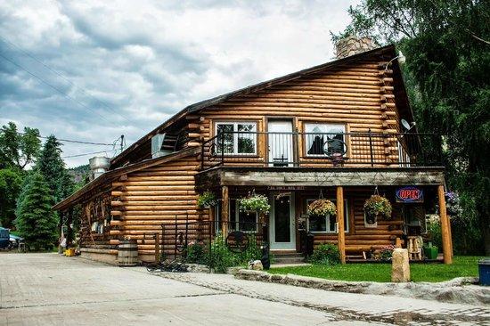 Blue Creek Lodge and restaurant: Blue Creek Lodge